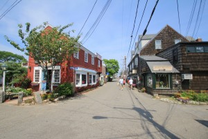 Shops & Restaurants On Bearskin Neck  - A Short Walk Away