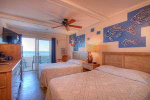 Oceanfront Standard Room 2 - First Floor - Pet Friendly