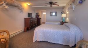 Oceanfront Standard Efficiency Suite Room 21 - Second Floor