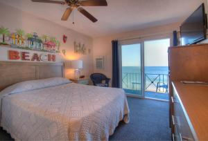 Oceanfront Queen Room 33 - Third Floor